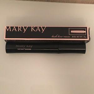 NWT Mary Kay Lash love mascara